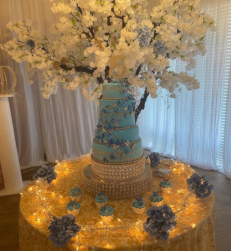 Cake by Marshmallow Cake Baking