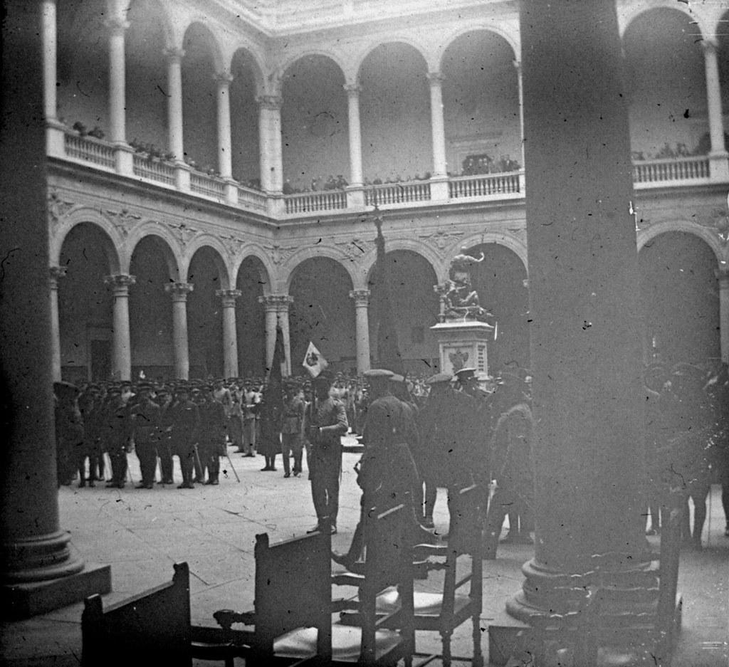 1925: 25 aniversario de la 7ª promoción de infantería. Fotografía de Daniel Dufol Álvarez