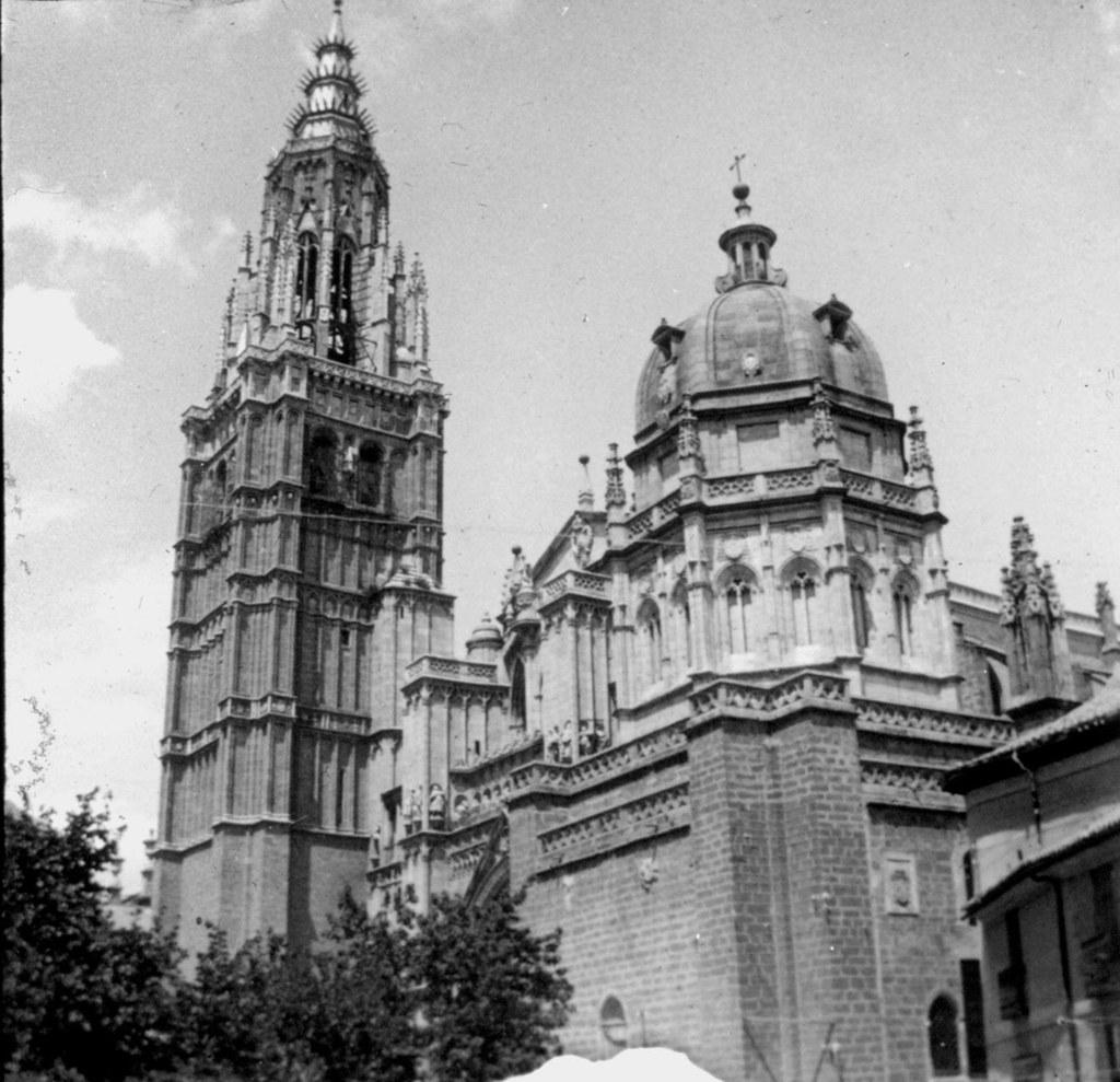 Torre de la Catedral en los años 20, fotografía de Daniel Dufol Álvarez