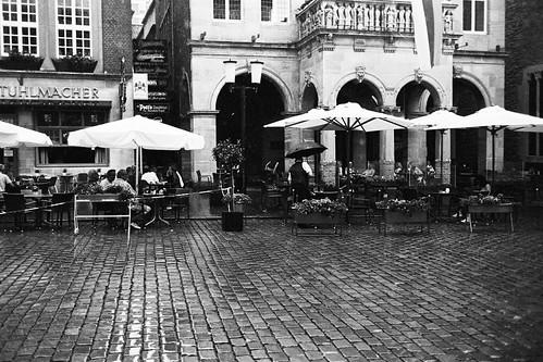 Sonnenschirm und Regenschirm