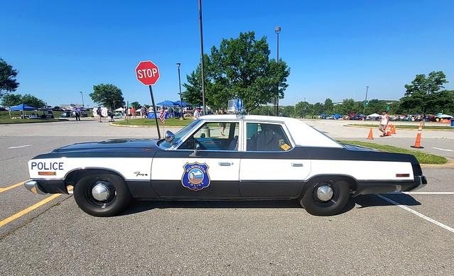 Wilmington, Delaware Police - 1974 Plymouth Fury (9)