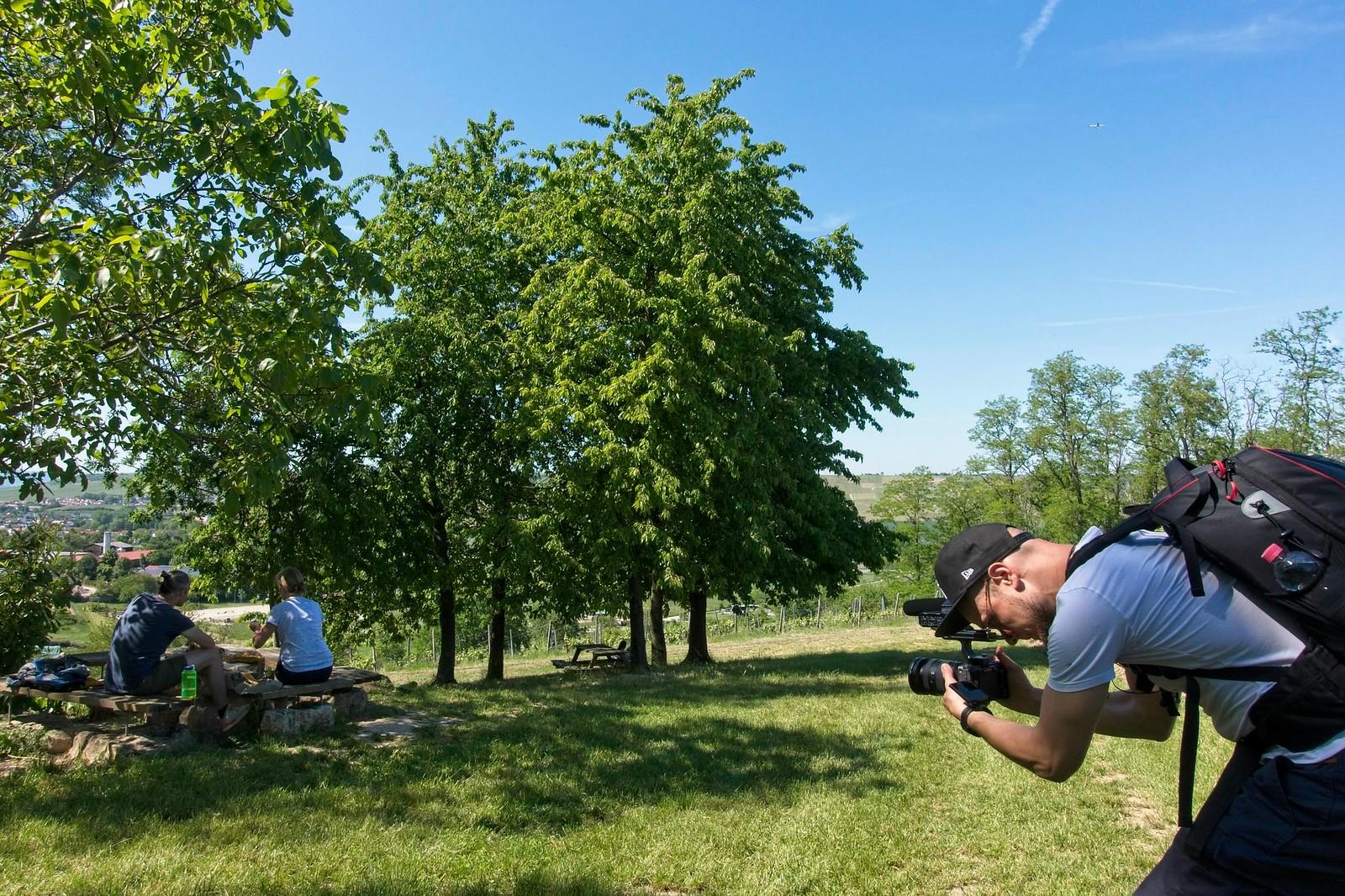 Filmdreh auf dem Rastplatz auf dem Ermel (Hiwweltour Stadecker Warte)