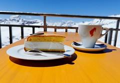 Dezert na terase restaurce Eissee