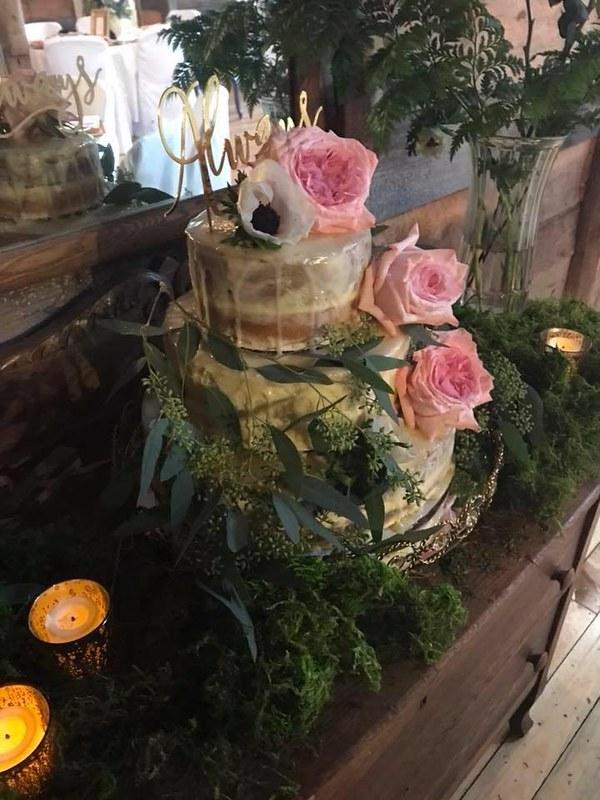 Cake by Krystal Hanson Cakes