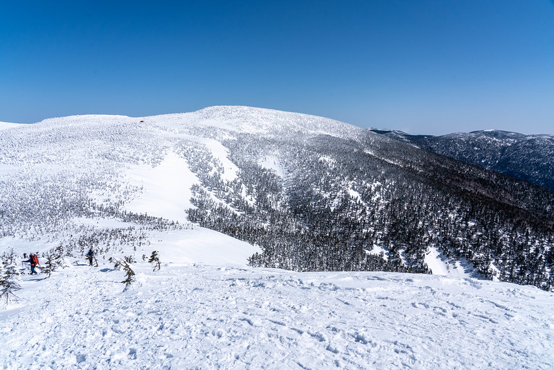 冬の西吾妻山の稜線