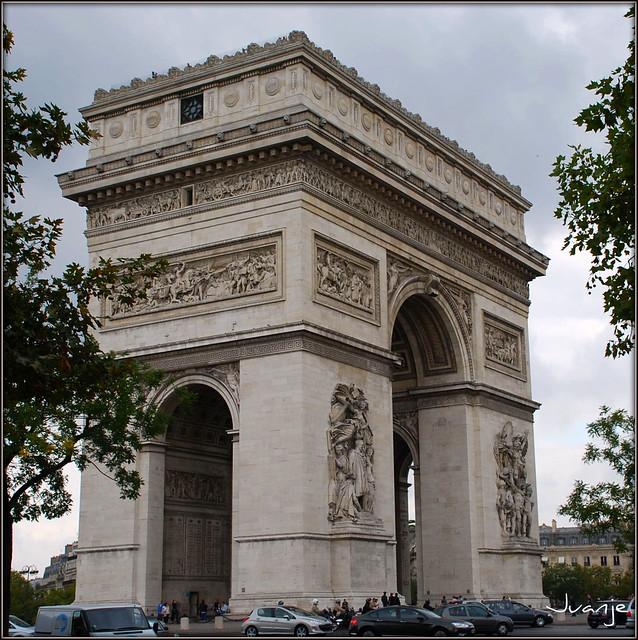 Arco de Triunfo (París, Francia, 1-10-2009)