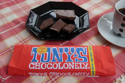 Tony's Chocolonely = Belgische Fairtrade-Vollmilchschokolade (zum Probieren)