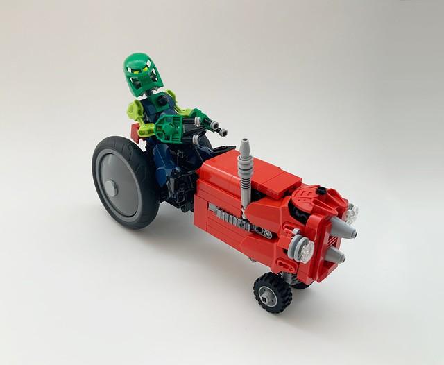 Axalara Tractor9