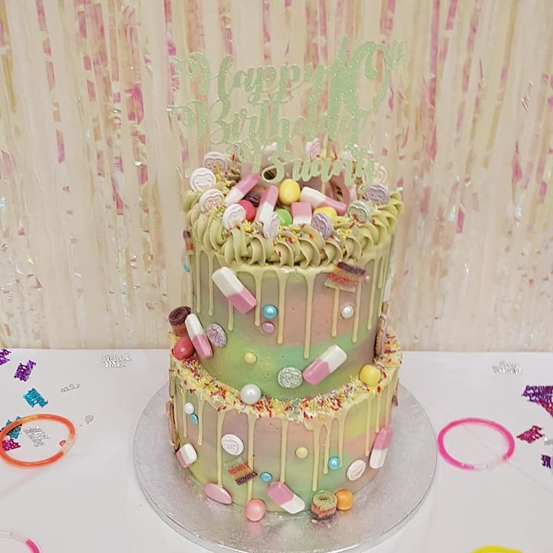 Cake by Becci's Bakes