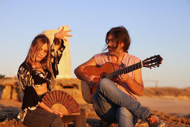 María del Tango y Carlos elcalimbero