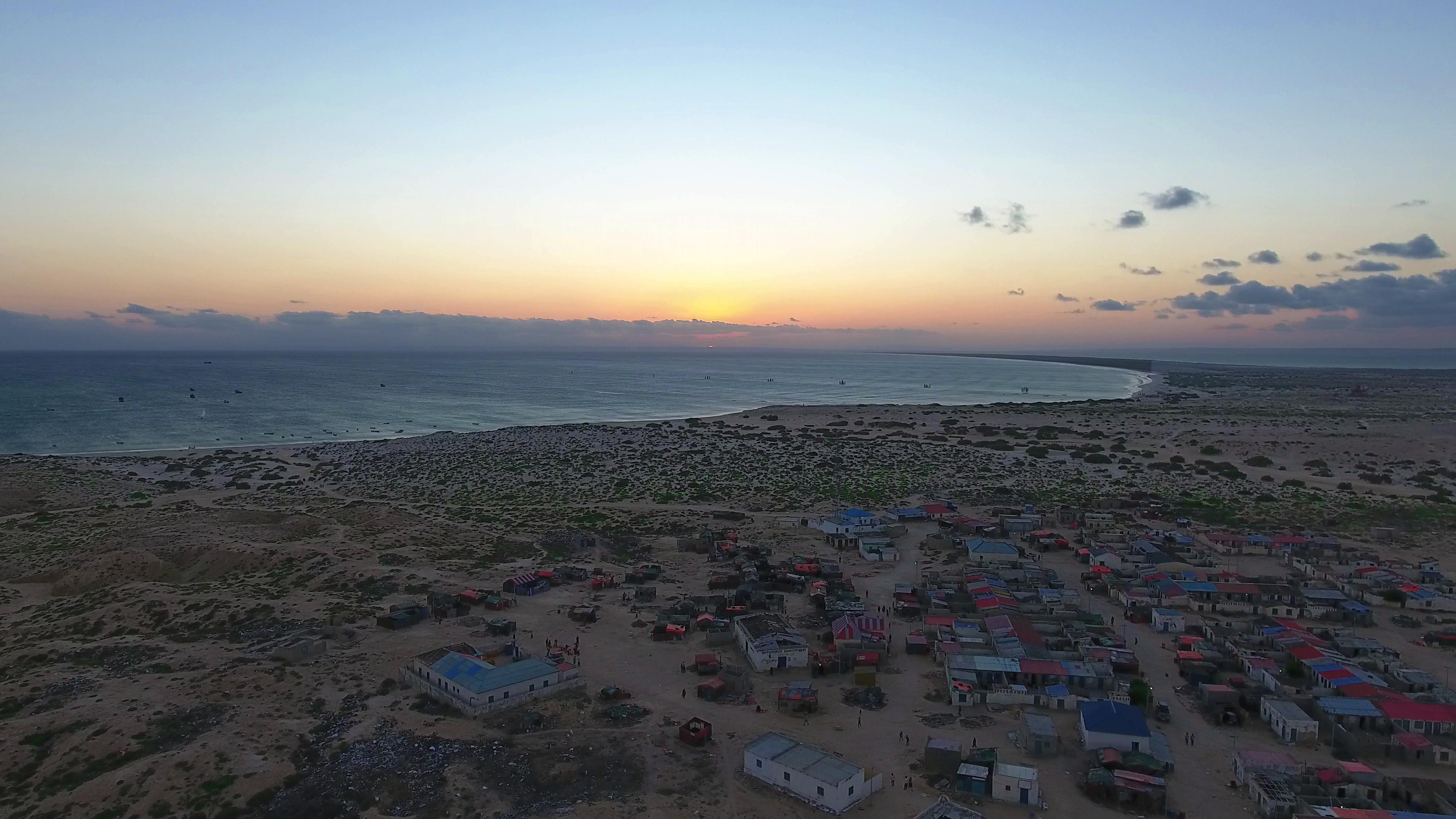 Somalia | Distributing fishing kits and engine boats in Hafun town