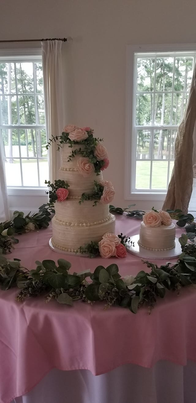 Cake by Creative Cakes