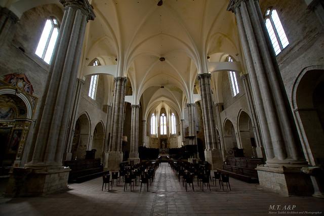 San Fortunato, Todi (PG) - navata centrale