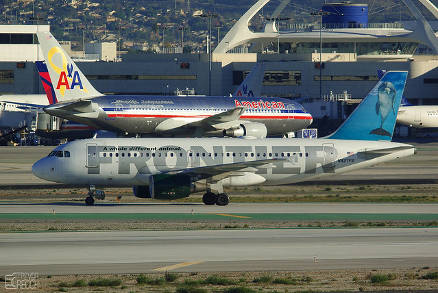 Frontier A319 (Dolphin) at LAX, N927FR