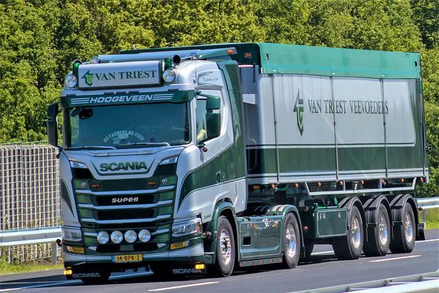 Scania S-series, from van Triest veevoeders, Hoogeveen Holland.