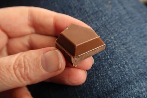 Tony's Chocolonely = Belgische Fairtrade-Vollmilchschokolade (Stück)