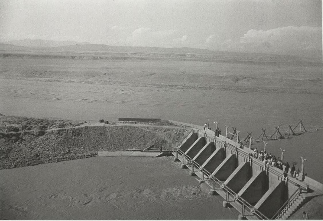 1939. Большой Ферганский канал им. Сталина. Плотина