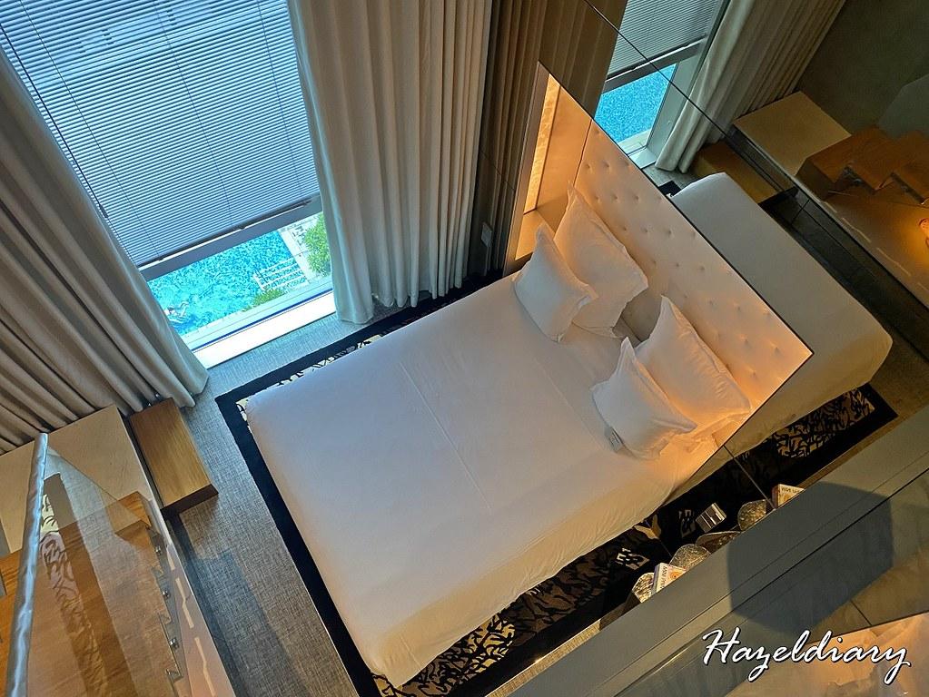 M Hotel Singapore- Loft Gallery Room