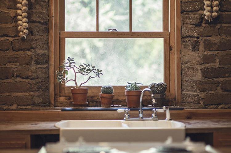 Farmhouse-style interior decorating