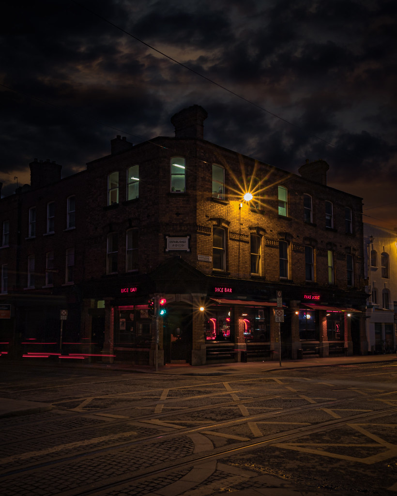 The Dice Bar: Benburb Street