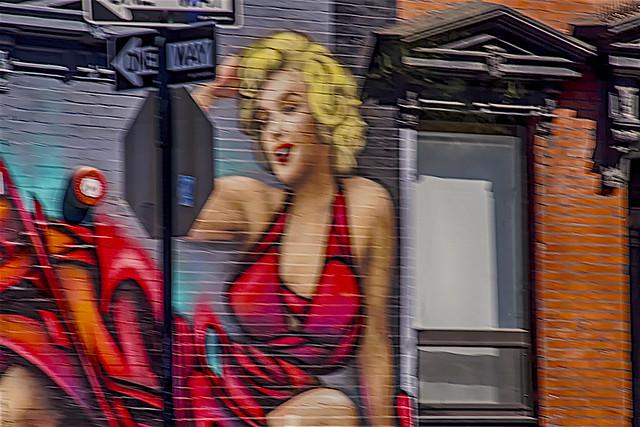 """Everybody Like Marilyn"" -wall art on tenement building on 2nd Avenue Manhattan (Nikon D7500 SigmaLense50.0-150.0mm f/2.8 ƒ/14.0  150.0mm 1/160  ISO320)"
