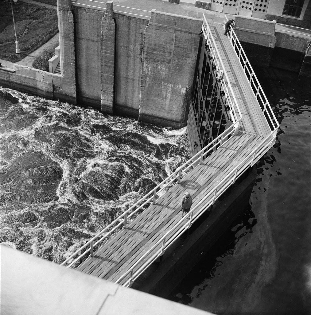 1937. Канал Москва-Волга. Плотина