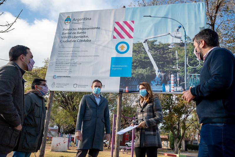 Comienza la instalación de 8 mil metros de tendido eléctrico y 263 luces led para Villa El Libertador