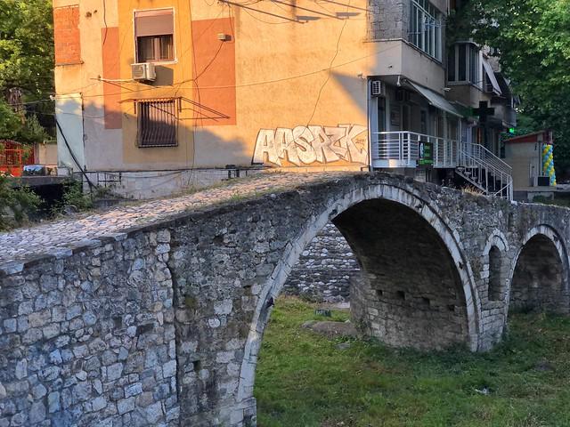 Puente otomano de Tirana (Albania)