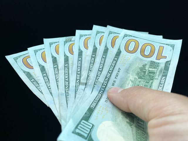 $800 Cash in $100 dollar bills