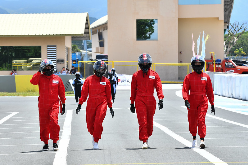 Celebrity Racers getting ready for the challenges