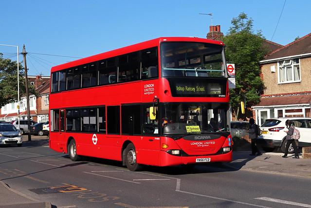 Route 696, London United, SP40003, YN56FCD