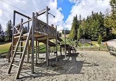 Dětské hřiště u výstupu lanovky