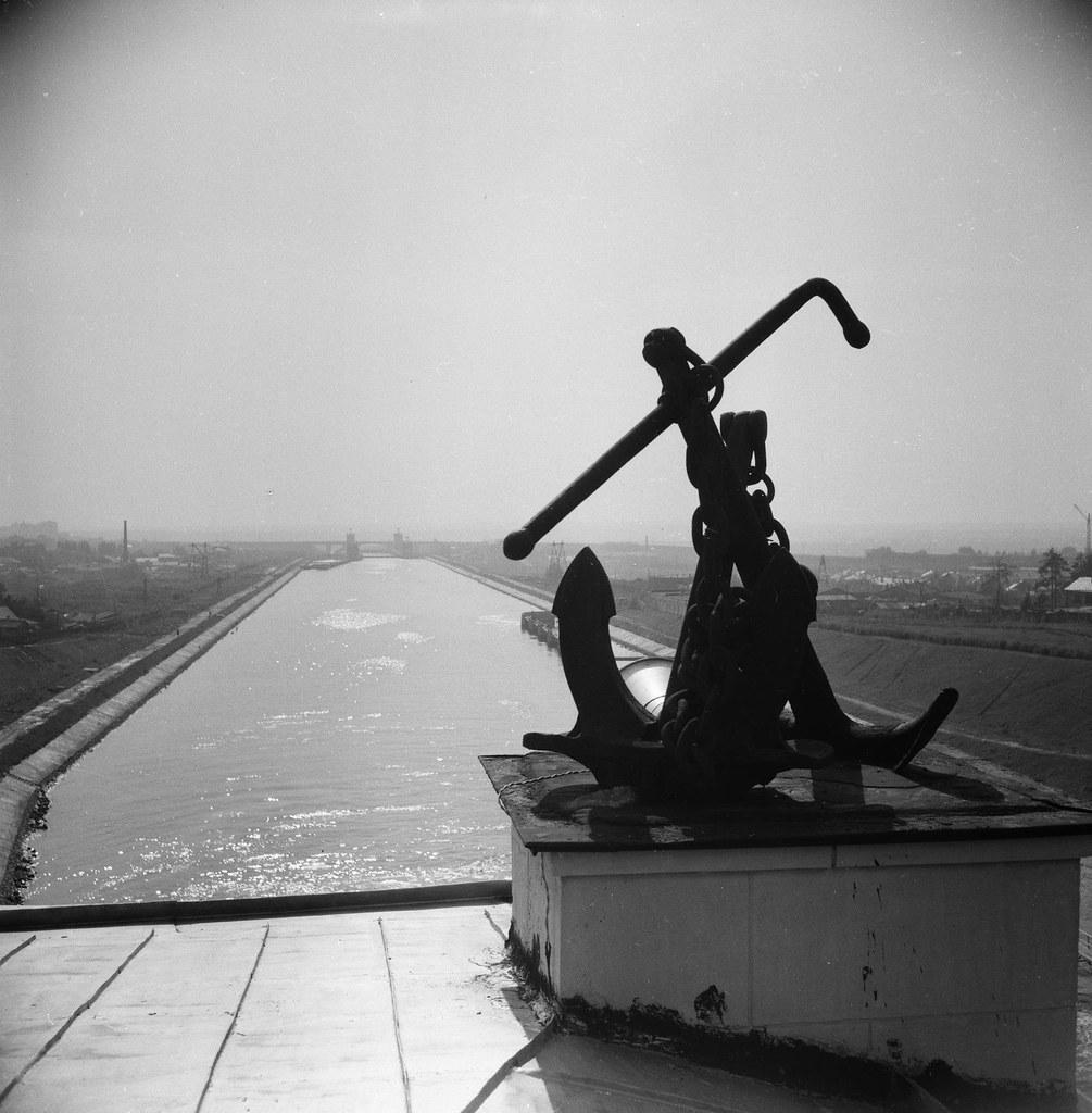 1937. Канал Москва-Волга. Якорь