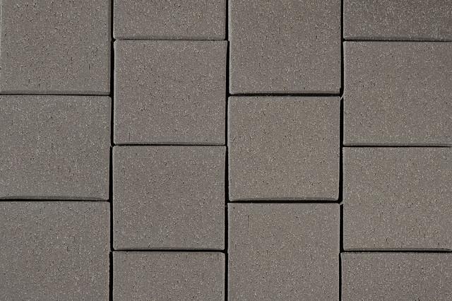 Landmark Gray 8x8 Paver
