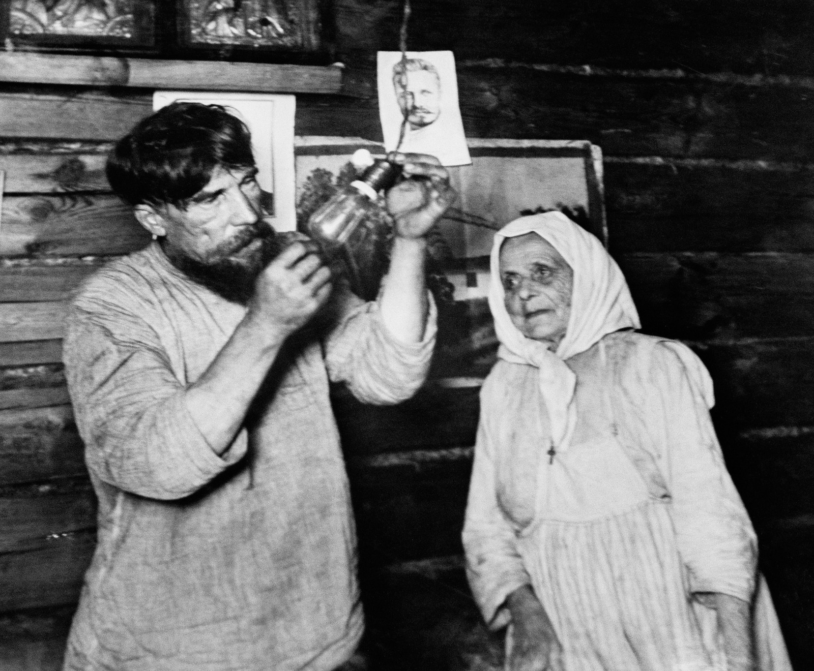 1925. Лампочка Ильича. Шатура дала ток, декабрь