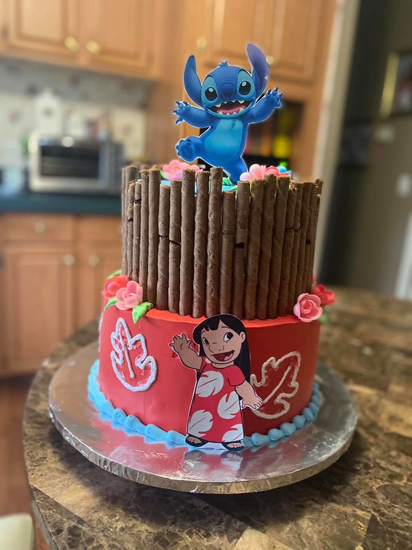 Cake by Yunni's Cakes