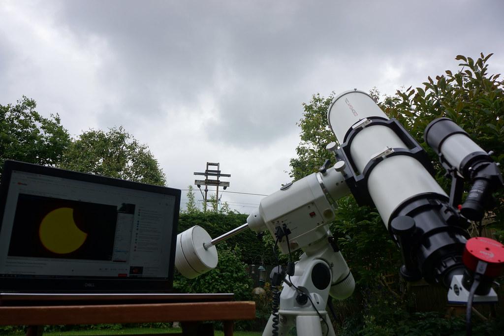 Partial eclipse 10-06-2021