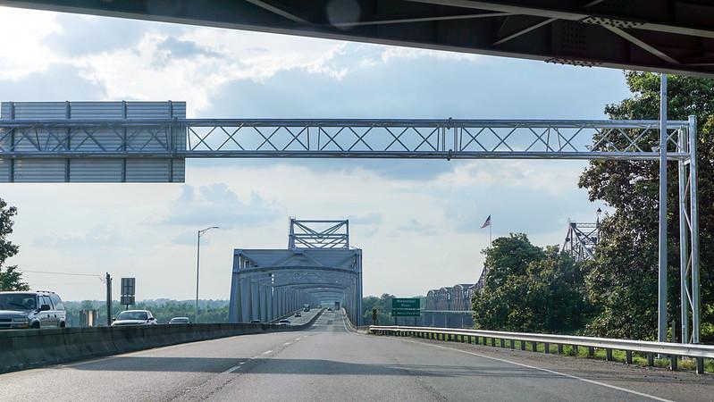 Stuttgart-Bridges-0111