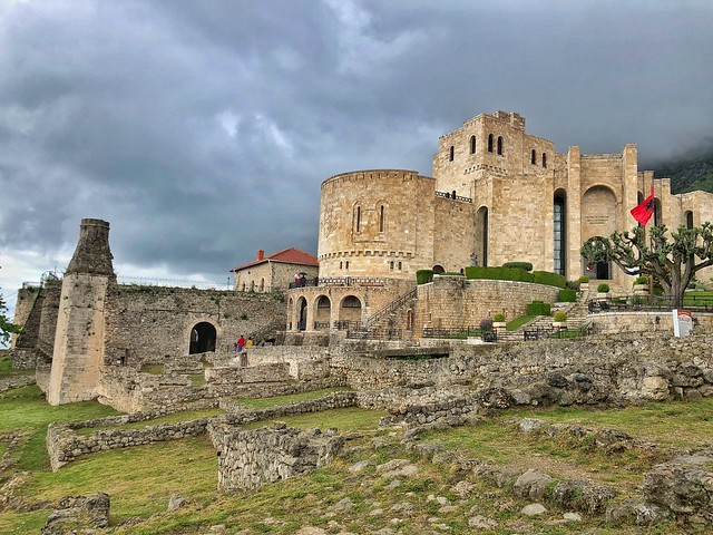 Castillo de Kruje y Museo de Skanderbeg (Albania)