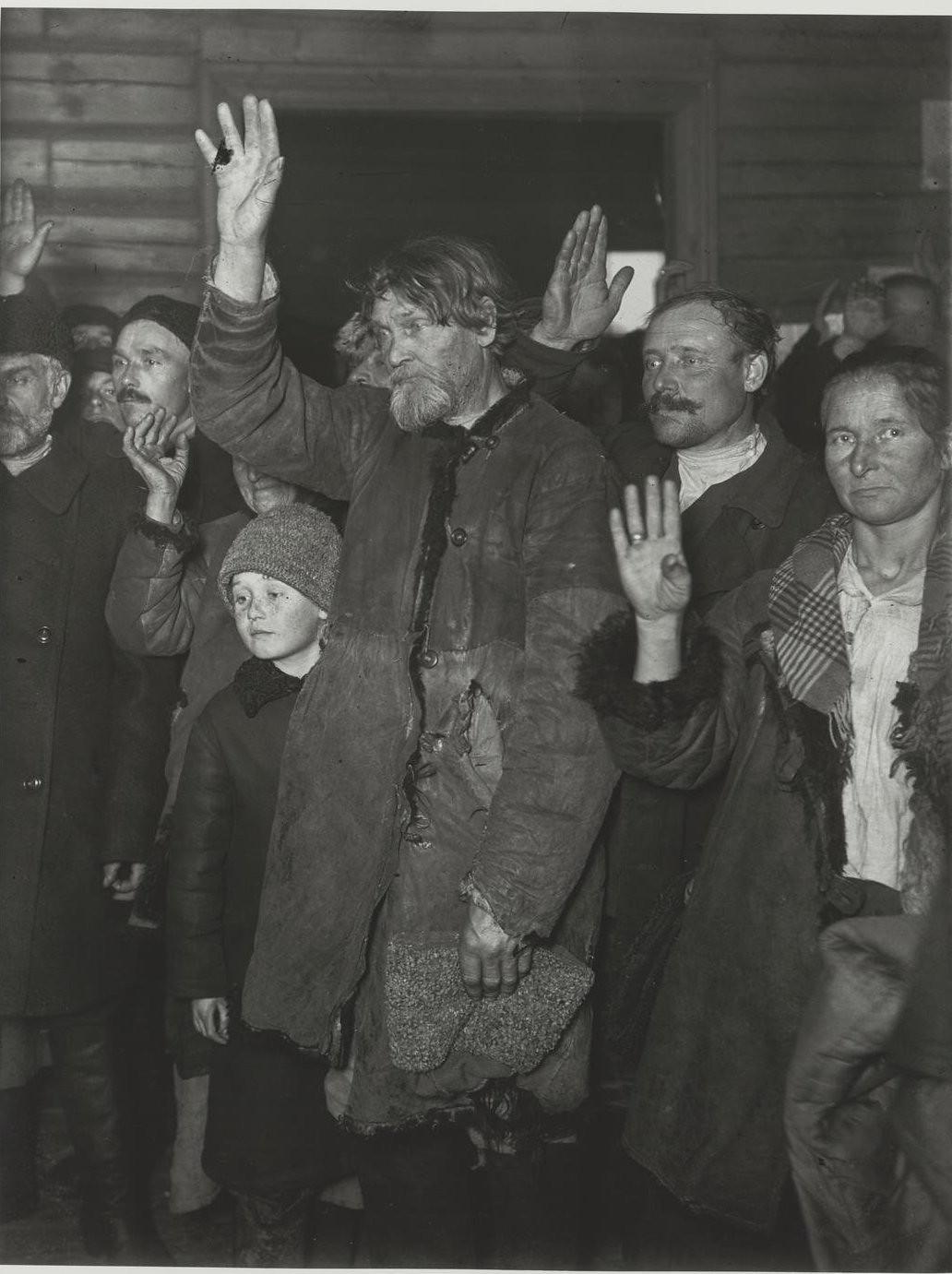 1925. «Единогласно».  Выборы в местный совет села Поворово