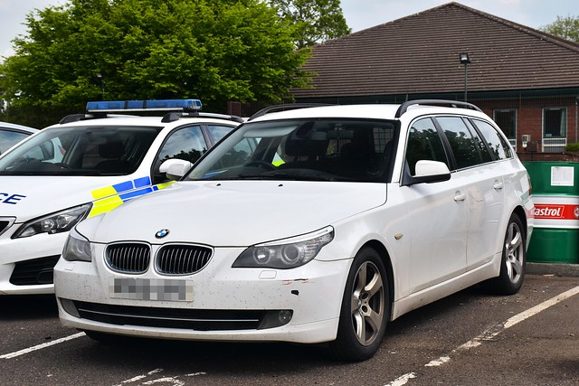 Unmarked BMW 530d Touring