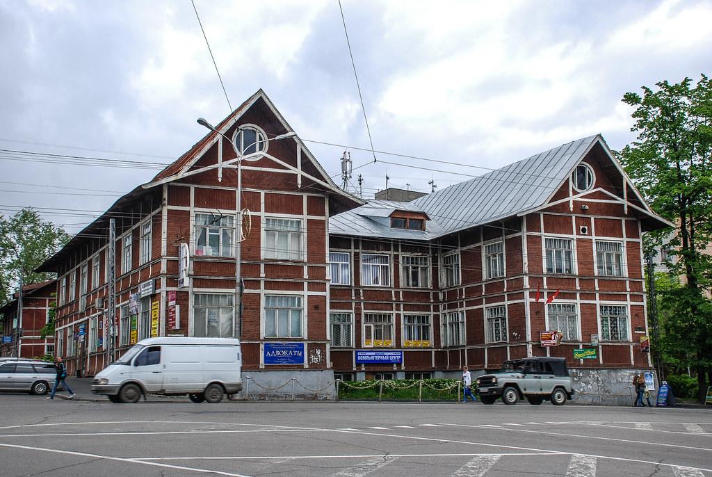 2008   June  Ptzdsk 01-27