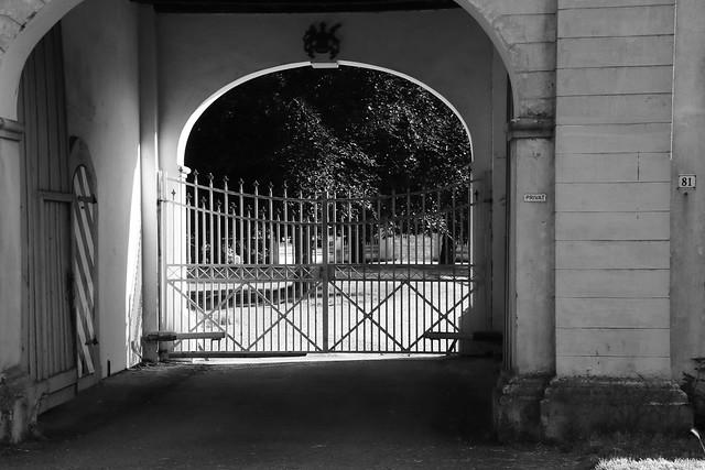 Haus Ossenberg: the door