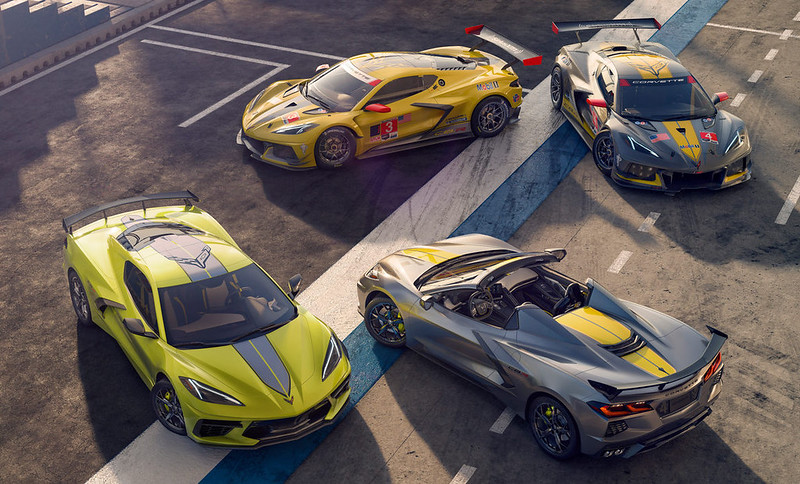2022-Chevrolet-Corvette-2