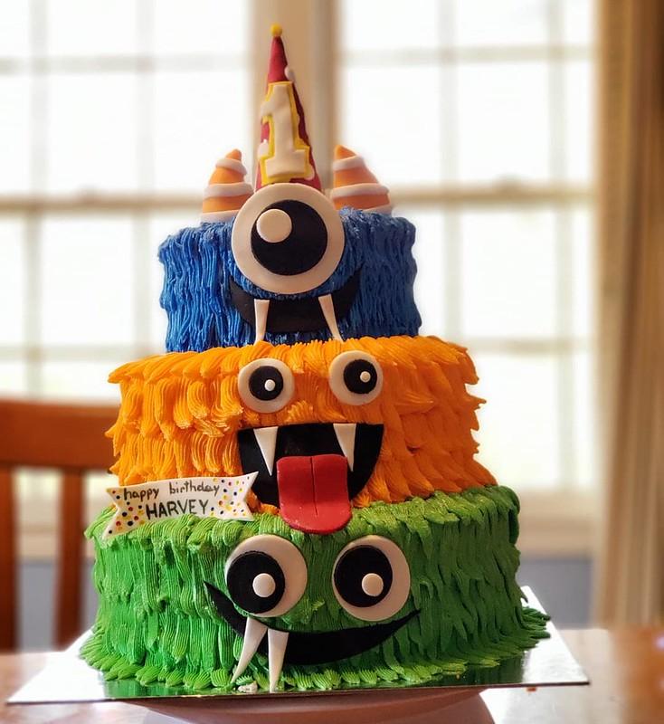 Cake by Nikki's Sweet ReTreats