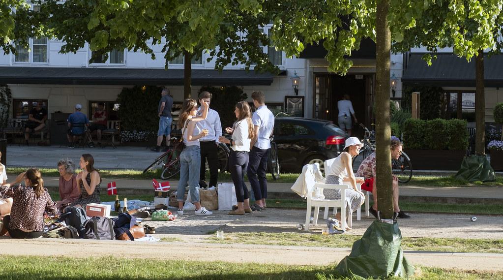 20210609 Ungdomar Sankt Annae Plads Kopenhamn_07