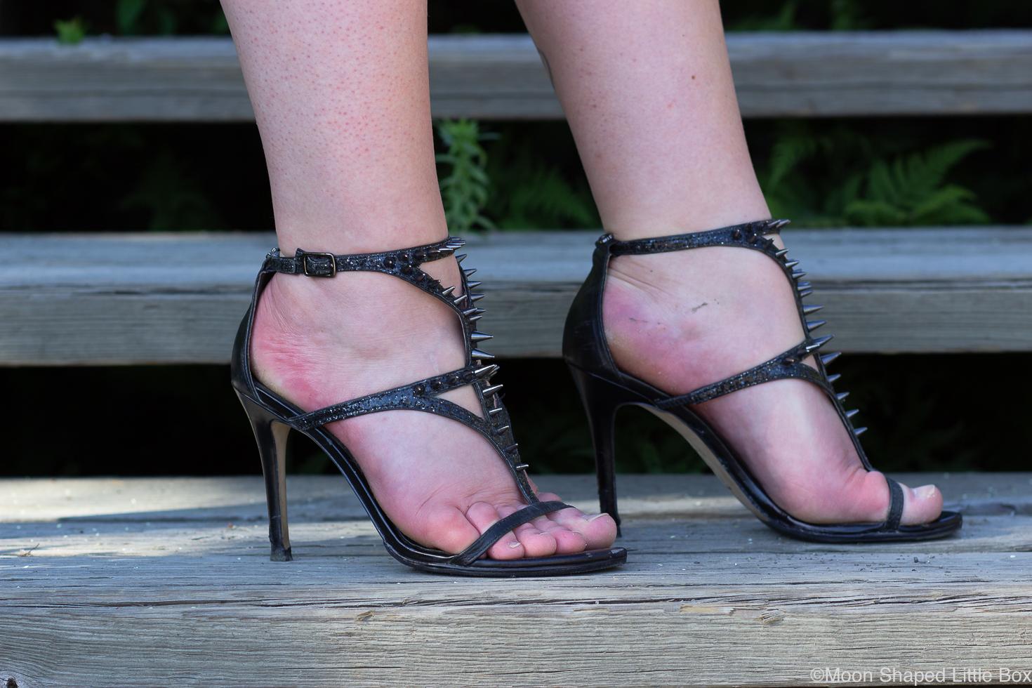 Guess-heels-black-glitter