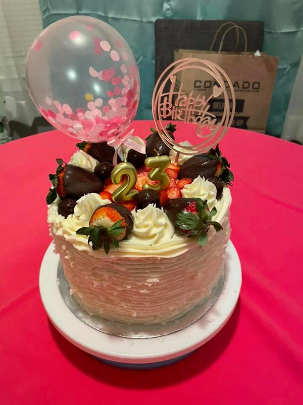 Cake by Kiss Cakes