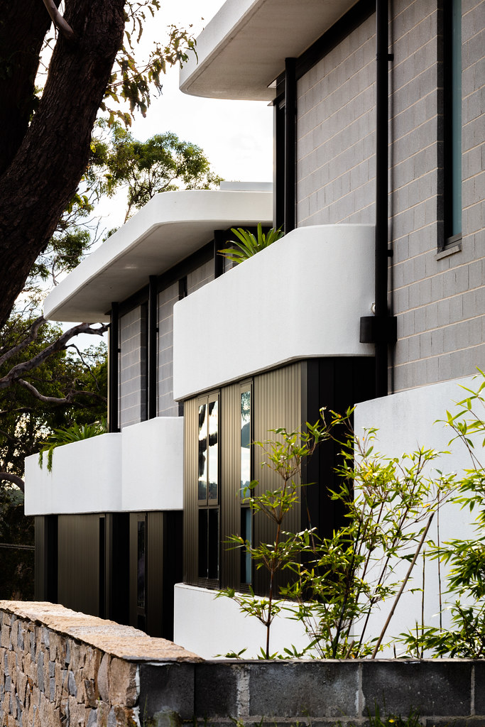 Taren Point House - Architec Honed in Pearl Grey - Alex Mayes Photography (19)