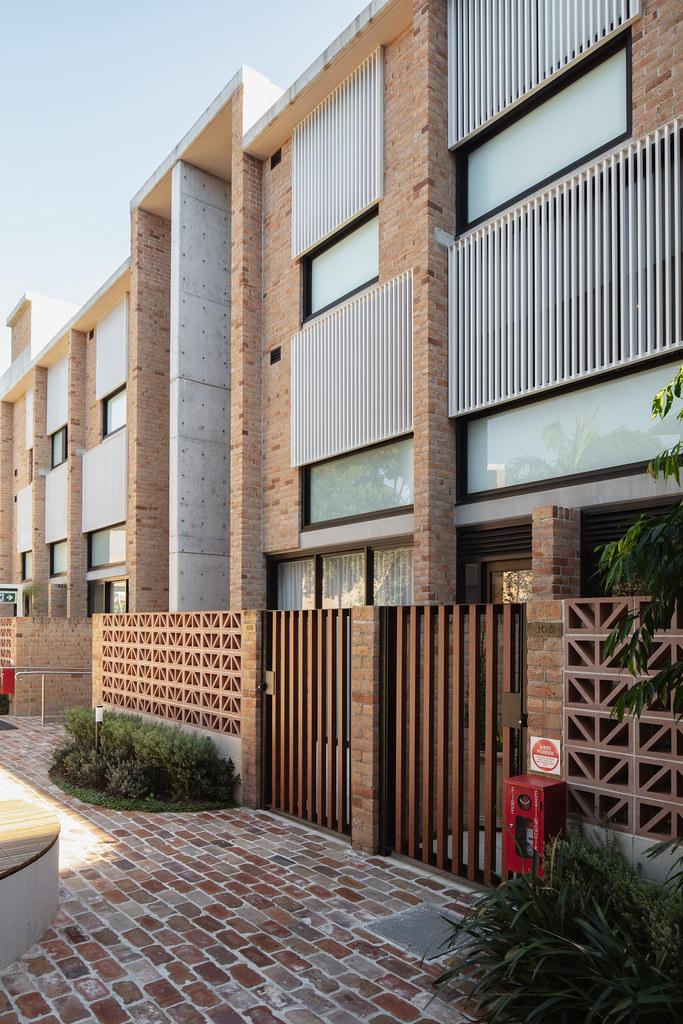 Teracota Apartments - Mitchell St Alexandria NSW - Breeze Blocks in Pottery (13)